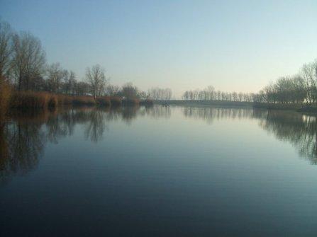A horgásztó 2104. Január 16-án. Mintha tavasz lenne.